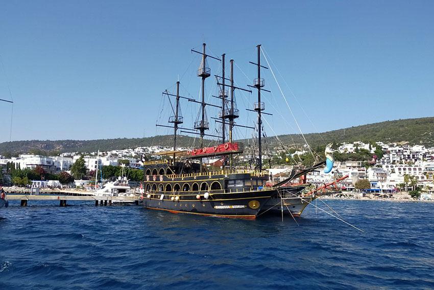 Bodrum Korsan Tekne Turu - Sadece 120 TL - Rotalar - Gidilen Koylar