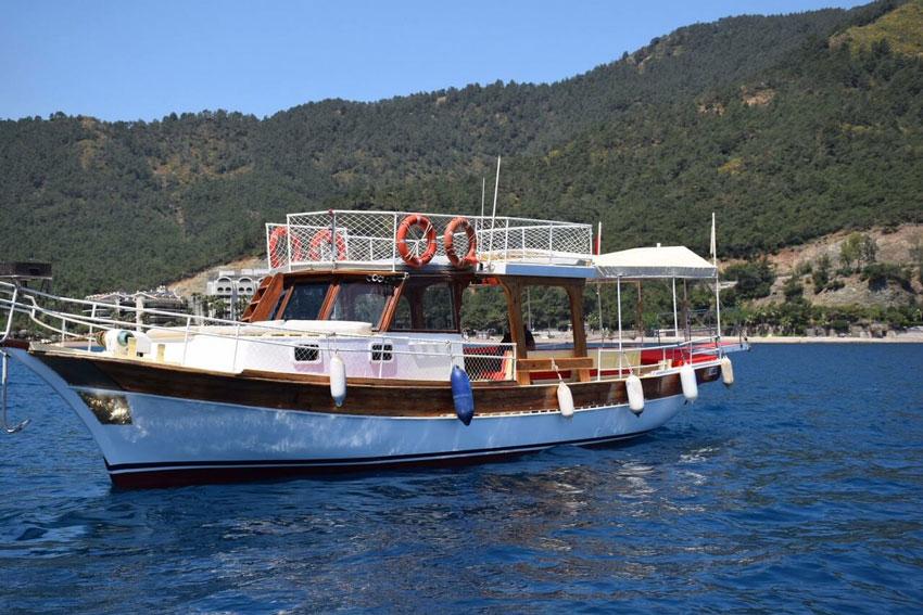 marmaris-tekne-kiralama-tekne-2-06