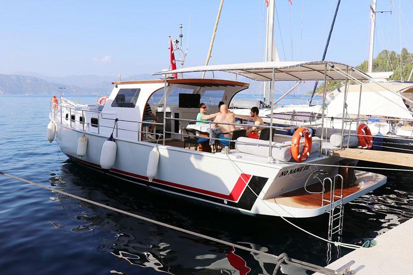 marmaris-tekne-kiralama-tekne-8-01