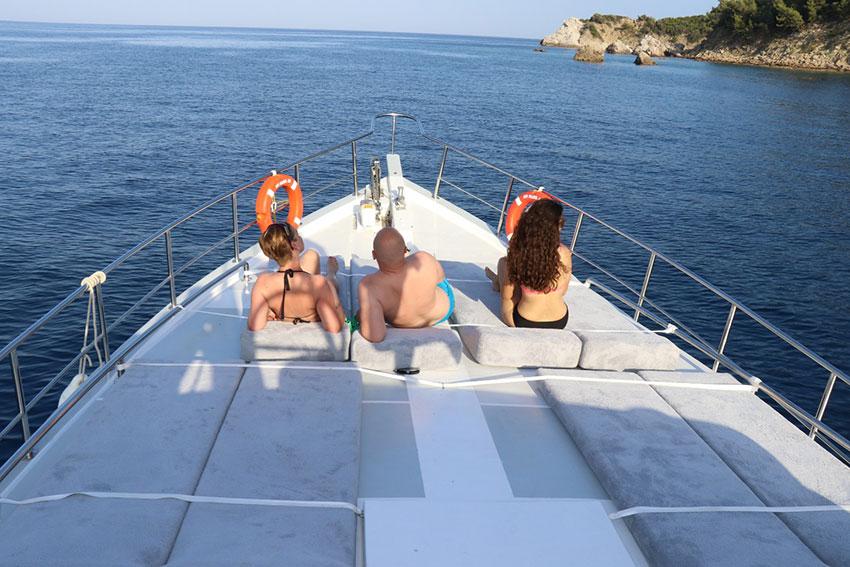 marmaris-tekne-kiralama-tekne-8-03