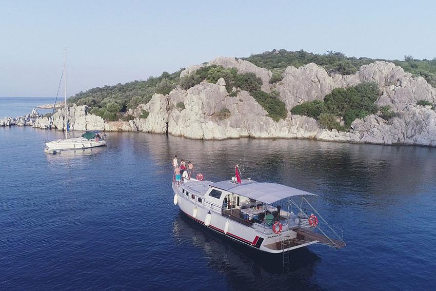 marmaris-tekne-kiralama-tekne-8-06