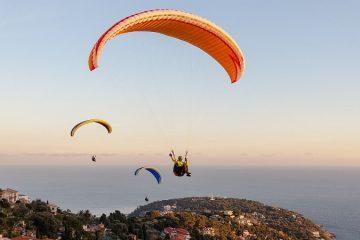 Kemer Yamaç Paraşütü - Uçmanın Heyecanını Yaşayın!